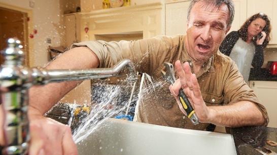 Plumbing-job-gone-wrong-960x480